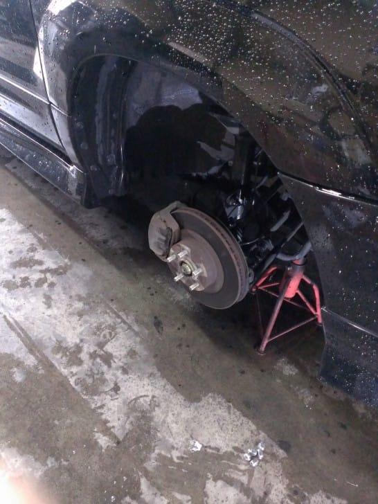 タイヤ離脱時